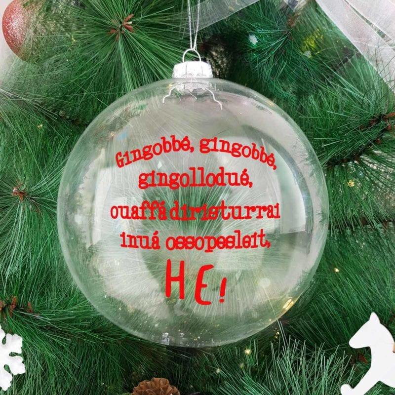 palla-di-natale-in-vetro-gingobbe-decorazioni-di-natale-still-ambientata